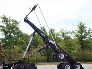 Ace ART-60-32 Roll-off Trailer Dump Position