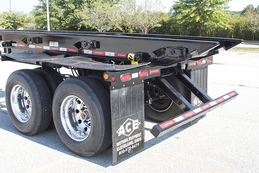 Rear of Ace roll-off trailer